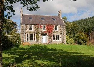 Coynachie-Guest-House