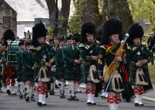 Massed-Pipes-and-Drums-Homecoming-2014